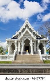 Kaew Grovaram Temple