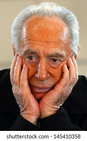 KAFAR AZA, ISR - JULY 15:Portrait of Shimon Peres  on July 15 2009.At the age of 90, Peres is currently the world's oldest head of a state