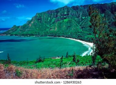 Kahana Bay, View from Puu Piei Trail, Kahana Valley, Koolau Mountains, Oahu, Hawaii, USA