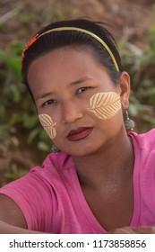 Kalaw. Myanmar. 02.01.13. Burmese women in the countryside near Kalaw in Myanmar (Burma).
