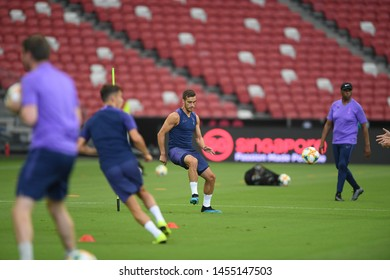 Kallang-singapore-19jul2019-Harry winks player of tottenham hotspur in action during official training before icc2019 at national stadium,singapore