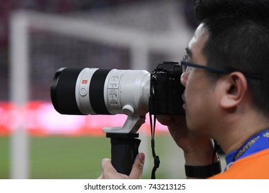 Kallang-SINGAPORE-29jul,2017:Equipment of photographer during icc 2017 against FC internazionale at national stadium,singapore
