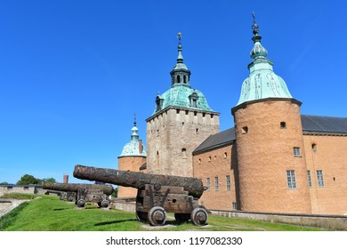 Kalmar Castle is one of the most significant works of the Northern European Renaissance fortification art, located in the Swedish town of Kalmar and is separated from the Baltic coast by a canal.