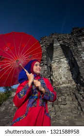 Kalsan, Yogyakarta / Indonesia - April, 15 2015: Beautiful Women in Kalasan Tempe to Give some Ethnic and Awesmoe istorical Place in Yogyakarta City Indonesia. Make this Place more Colorful