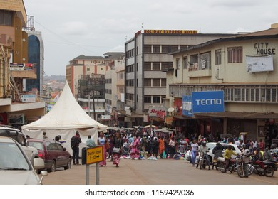 Kampala, Uganda, 12/08/2017 : open market at Dastur and Kampala Road
