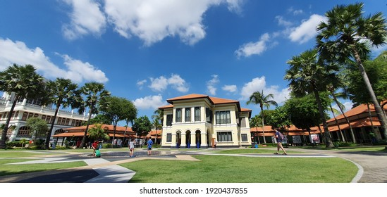 KAMPONG GLAM, SINGAPORE - DECEMBER 27, 2019: Malay Heritage Centre in Kampong Glam, Singapore