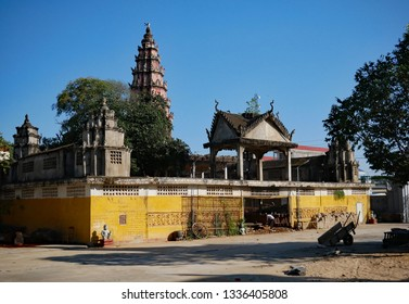 Kampong Thom, Cambodia. 19-12-2018. The old walled temple of Entri Sam Voreak Pagoda, also known as Kampong Thom Temple.
