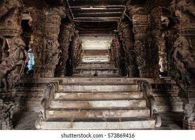 KANCHIPURAM, TAMIL NADU/INDIA - JANUARY 25,2013: Kailasanatha temple, the oldest structure in Kanchipuram