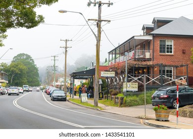 Kangaroo Valley, NSW, Australia-June 8, 2019: People enjoying the long weekend in Kangaroo Valley, a charming village known for its historic bridge, tea rooms and pies, golf and wine tasting.