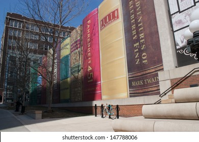 Kansas City Public Library - Book Architecture