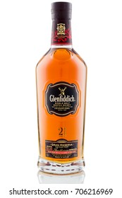 KANSAS CITY KANSAS, UNITED STATES OF AMERICA - August 2017: The Glenfiddich 21 Year Gran Reserva Scotch Whisky. Glenfiddich is a Famous Alcoholic Drink