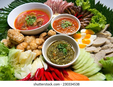 Kantoke, traditionally meal set was popular in North of Thailand