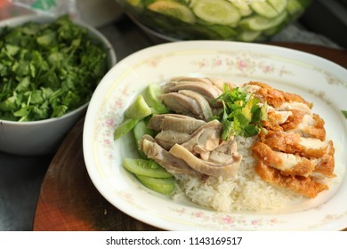 '' kao mun kai '' is oily rice and Chicken  the dish's popularity in thailand (hainanese chicken rice)