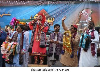 KARACHI, PAKISTAN - DEC 03: Folk singer Shazia Khushk perfuming during Sindhi Cultural Day, at press club on December 03, 2017 in Karachi.