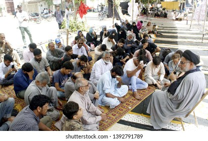 KARACHI, PAKISTAN - MAY 08: Relatives of Shia Missing Persons are holding protest demonstration for recovery their loves ones, outside residency of President Pakistan on May 08, 2019 in Karachi.