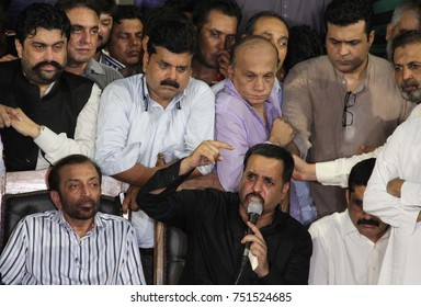 KARACHI, PAKISTAN - NOV 08: Flanked by MQM-Pak Chief Farooq Sattar, the Chief of Pak Sarzameen Party, Mustafa Kamal addressing to media persons during press conference on November 08, 2017 in Karachi.