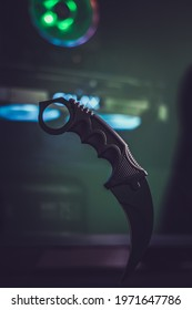 Karambit Knife and Gamer Pc