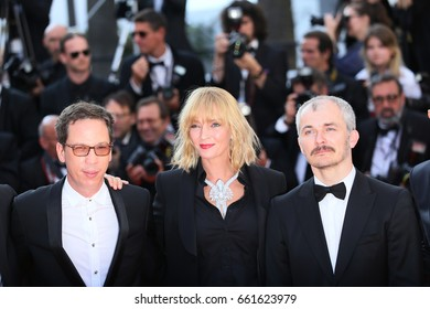 Karel Och,  Uma Thurman, Reda Kateb attend the 'Based On A True Story' screening during the 70th annual Cannes Film Festival at Palais des Festivals on May 27, 2017 in Cannes, France.