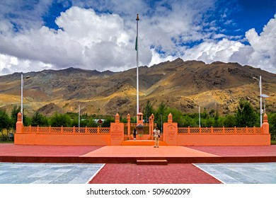 KARGIL, JAMMU AND KASHMIR / INDIA - SEPTEMBER 1ST 2014 : Vijay Rath memorial , symbol of Indian win in Kargil war 1999 (Operation Vijay), between Pakistan and India. Built in memory of Indian victory.