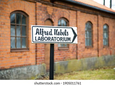 BJÖRKBORN, KARLSKOGA 2017-03-14 Alfred Nobel's laboratory at Björkborn's mansion. Björkborn was Alfred Nobel's last home and he lived there until his death in 1896. Photo Jeppe Gustafsson