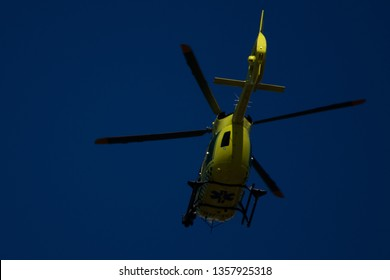 Karlstad, Sweden - 31 Mars 2019: Ambulans helicpoter flying in the air on the way to a accident.