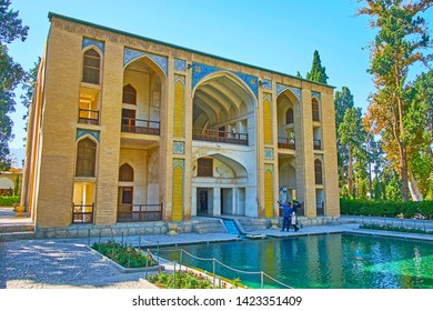 KASHAN, IRAN - OCTOBER 23, 2017: The medieval pavilion of Kushak - the pool house, of Fin Garden, decorated with fine tilework and arched niches, on October 23 in Kashan.
