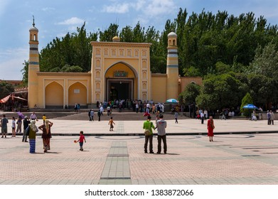 Kashgar, Xinjiang, China - August 14, 2012: The Id Kah Mosque in the city of Kashgar, Xinjiang, China