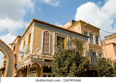 Kashgar, Xinjinag, China: arabic style decorated buildings in the streets of Kashgar Ancient Town. Kashgar is a popular tourist place along the Silk Road and one of the westernmost cities of China