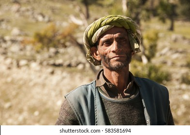 KASHMIR, INDIA, 25 SEPTEMBER 2015 : Unidentified Kashmirs rural people at their village, daily lifestyle in rural area in Kashmir.