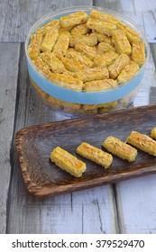 Kastengel or Kue Keju or Cheese stick cookies