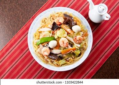 kata-yakisoba (chop suey on deep-fried noodles, japanese cuisine)