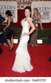 KATE BECKINSALE at the 63rd Annual Golden Globe Awards at the Beverly Hilton Hotel. January 16, 2006  Beverly Hills, CA  2006 Paul Smith / Featureflash