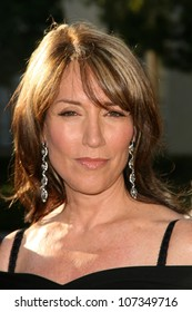 Katey Sagal  at the Premiere Screening of 'Sons of Anarchy'. Paramount Theater, Hollywood, CA. 08-24-08