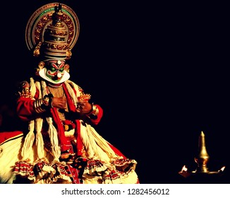 Kathakali, the most beautiful Art form of Kerala, God's own Country.