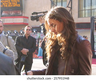 """Katie Holmes at the """"War of the Worlds"""" Los Angeles Fan Screening held at the Grauman's Chinese Theater in Hollywood on June 27 2005."""