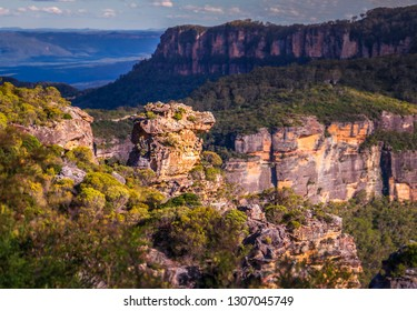Katoomba, New South Wales, Australia. A view from the Boar's Head Lookout into the Jamison Valley.  The blue mountains, Australia.