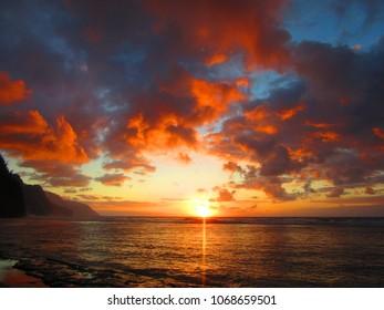 kauai sunset, hawaiian beach sunset, hawaii, evening, mountain range, pacific ocean