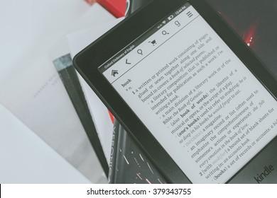 Amazon Kindle Paperwhite Images, Stock Photos & Vectors