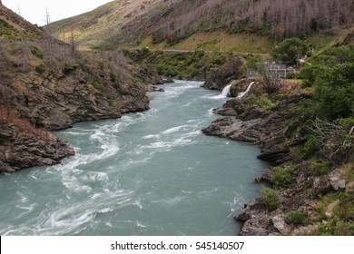 Kawarau River, the most beautiful stream at New Zealand.