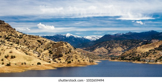 Kaweah lake near Sequoia National Park