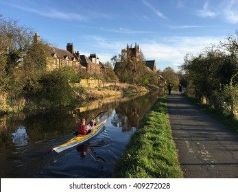 Kayaker on the Union Canal, near Harrison Park, Edinburgh, Scotland, UK