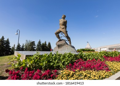 Kazan, Republic of Tatarstan. Russia - 11 August 2020: Monument to the Soviet Tatar poet and resistance fighter Musa Dzhalil (Mussa Jalil) near Kazan Kremlin