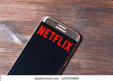 Netflix Icon Images, Stock Photos & Vectors | Shutterstock