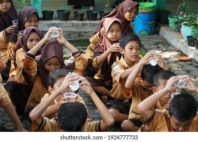 KEDIRI, INDONESIA - February 21, 2021: children are doing a fun competition to hone their agility