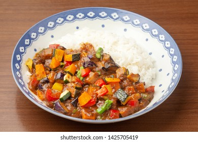 Keema curry cooked with summer vegetables
