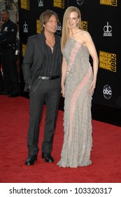 Keith Urban and Nicole Kidman at the 2009 American Music Awards Arrivals, Nokia Theater, Los Angeles, CA. 11-22-09