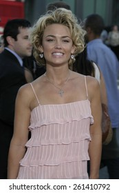 "Kelly Carlson at the Los Angeles premiere of ""The Manchurian Candidate"" held at the AMPAS in Beverly Hills, California United States on July 22, 2004."