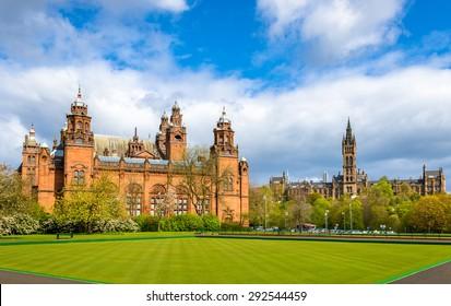 Kelvingrove Museum und Glasgow University - Schottland