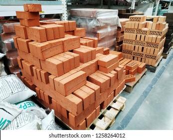 Imágenes Fotos De Stock Y Vectores Sobre Red Brick Store