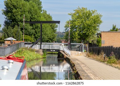 KEMPTHORNE, STAFFORDSHIRE, UK - AUGUST 6, 2018: A waterside view of Kempthorne, in the former industrial heartland of England, seen from a narrowboat on the Staffordshire and Warwickshire canal .